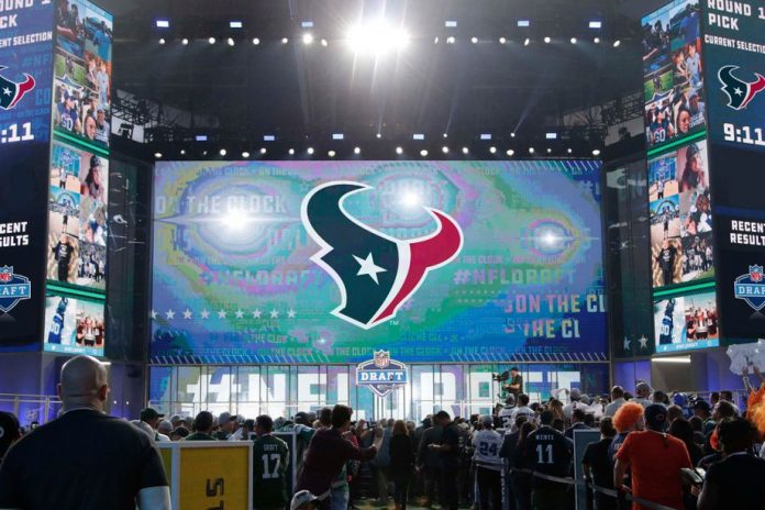 texans mock draft