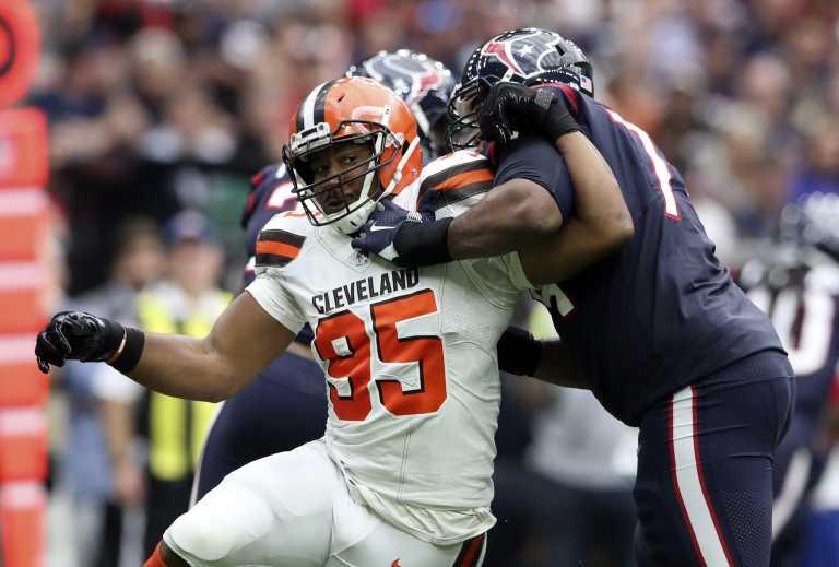 Jones, Garrett, Henry Among NFL Big Payday Contracts